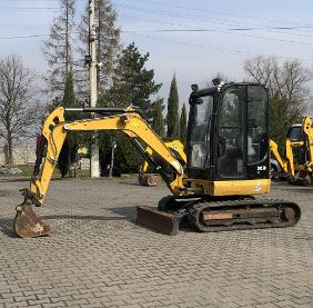 Cat M 322 C