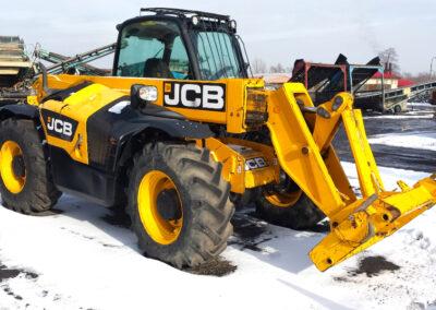 JCB_541-70 (1)